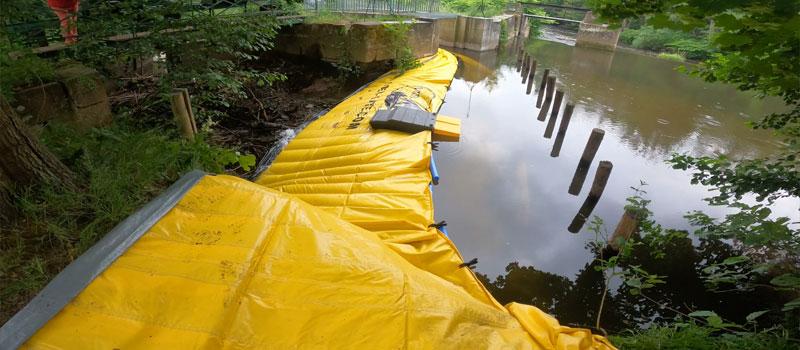 Odchylenie odnogi rzeki przez elastyczną grodę Water-Gate © | Remont systemu nawiewu Bruche w Mutzig